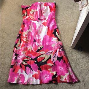Banana republic Size 8 silk strapless dress